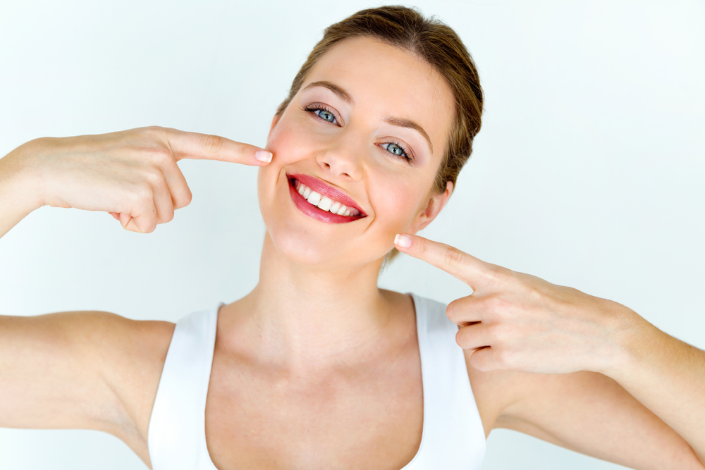 Everything You Need To Know About Teeth Whitening (2)